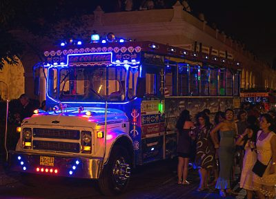 Cartagena Party Bus